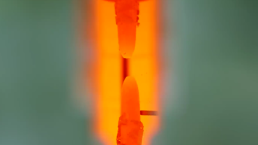 Hot tensile test on metallic materials