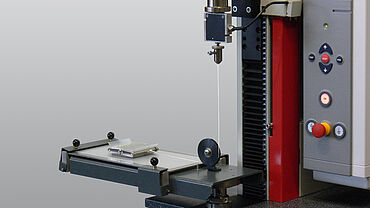 Static and dynamic friction behavior of films COF with zwickiLine materials testing machine and test fixture
