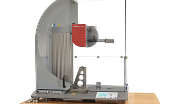 Dynstat impact bending and notched impact bending tests with ZwickRoell HIT5.5 P pendulum impact tester and Dynstat tool